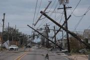 恒行2娱乐app:美国路易斯安那州和德克萨斯州因飓风遭遇大规模停电
